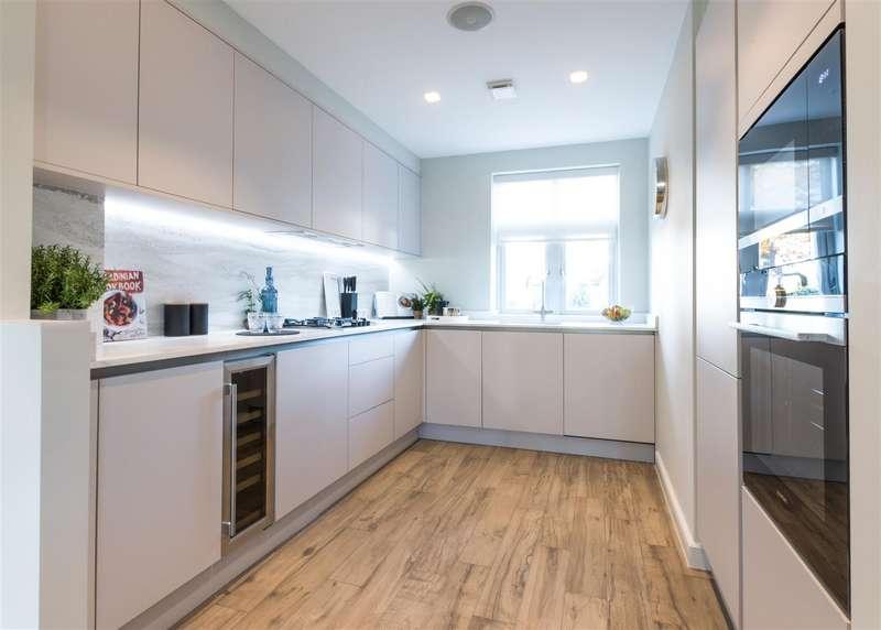 4 Bedrooms Town House for rent in Weybridge