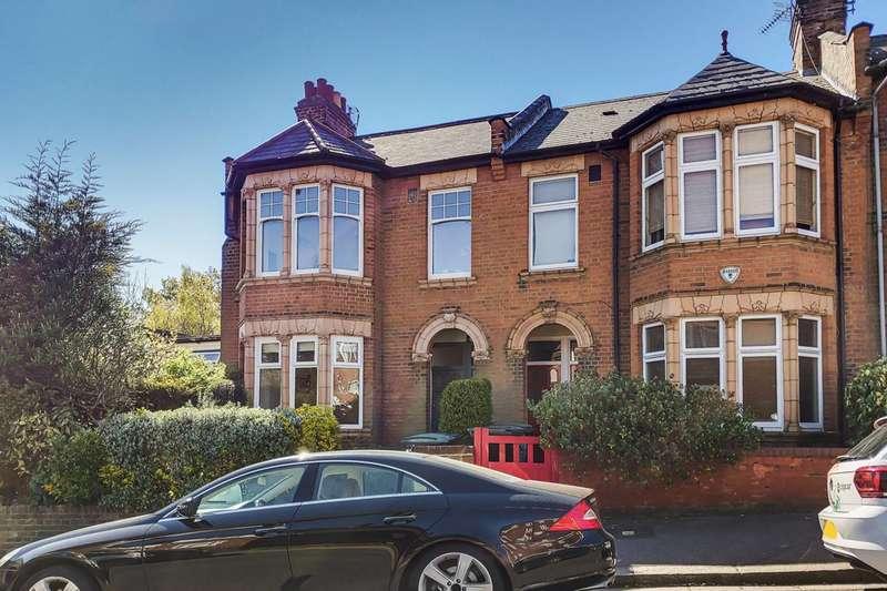 2 Bedrooms Maisonette Flat for rent in St James Lane, Muswell Hill, N10