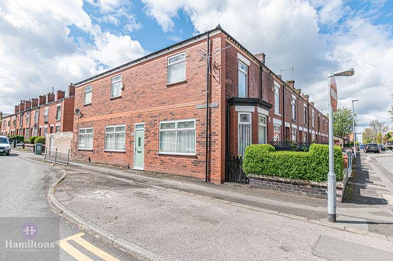2 Bedrooms End Of Terrace House for sale in Grasmere Street, Leigh, Greater Manchester. WN7 1XE