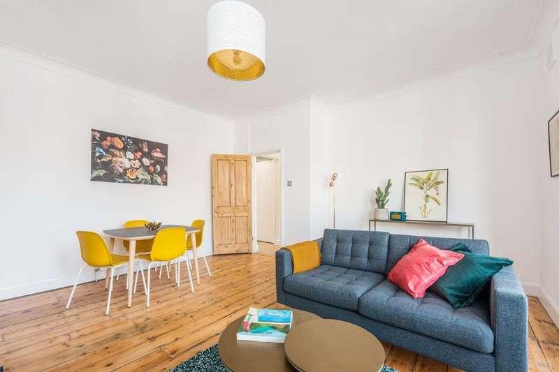 2 Bedrooms Flat for sale in Solway Road, London SE22