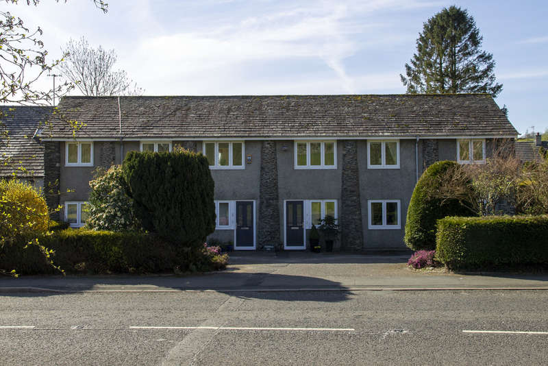 2 Bedrooms Flat for sale in Gatefoot Mill Apartments, Windermere Road, Staveley, Kendal, Cumbria, LA8 9PL