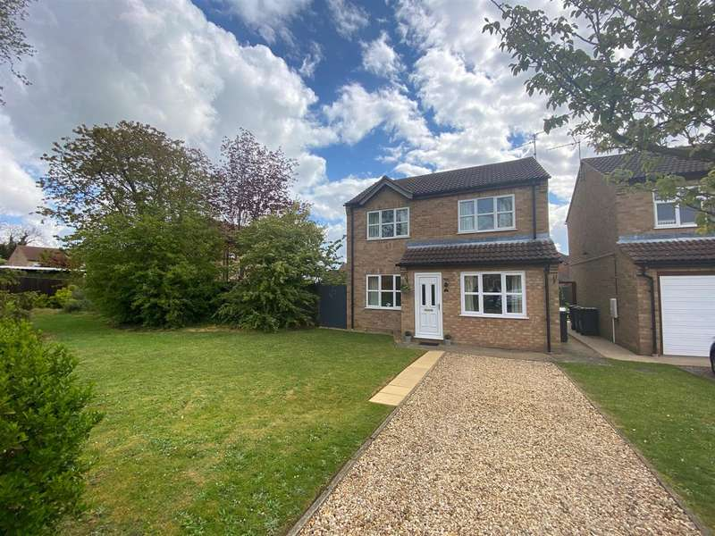 3 Bedrooms Detached House for sale in Aspen Drive, Sleaford
