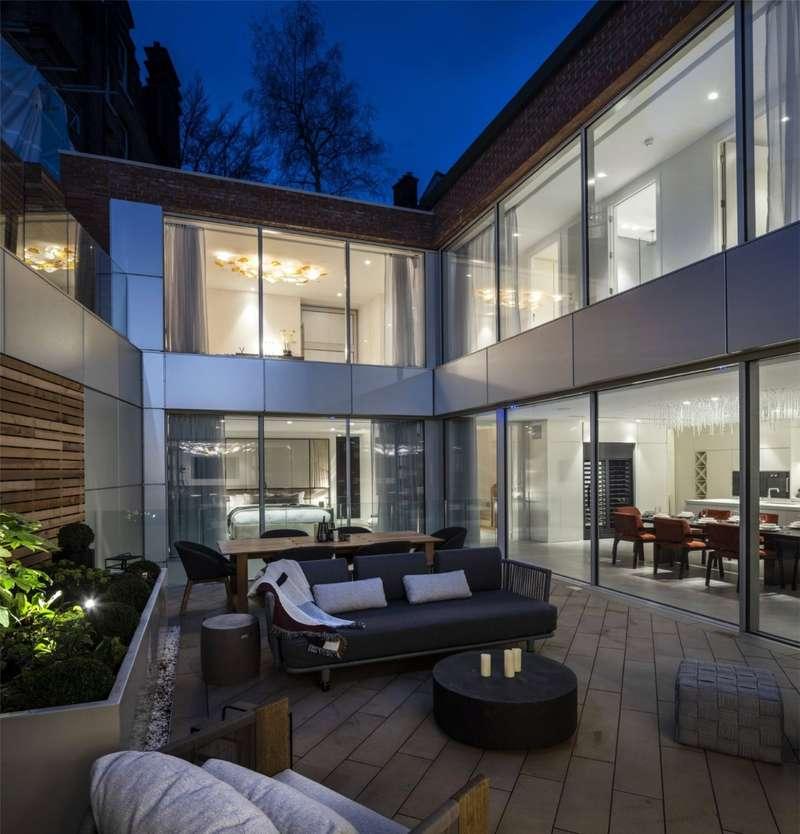 5 Bedrooms Detached House for sale in Lyndhurst Gardens, Belsize Park, London, NW3