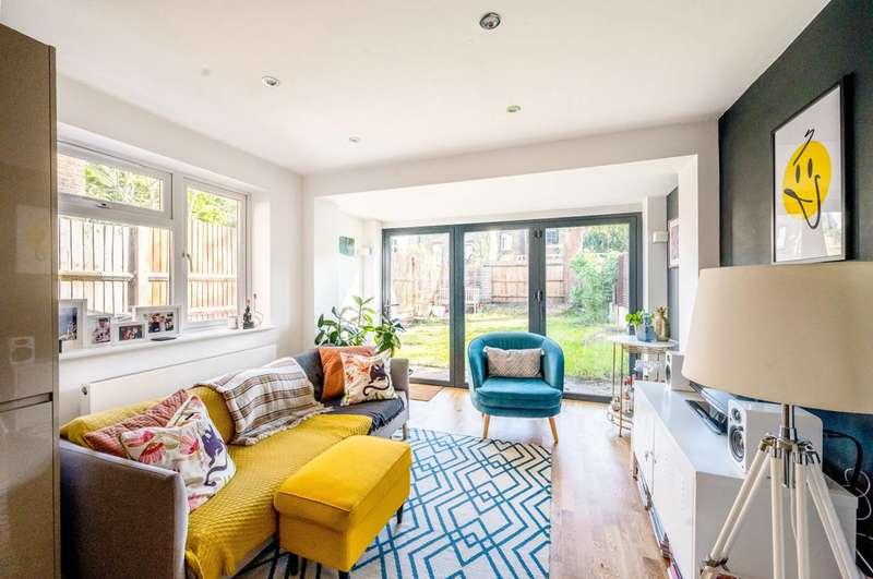 2 Bedrooms Flat for sale in Ellison Road, Streatham, SW16