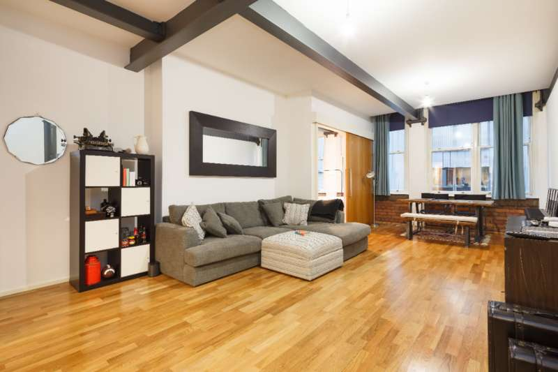 2 Bedrooms Flat for rent in Church Street, Manchester