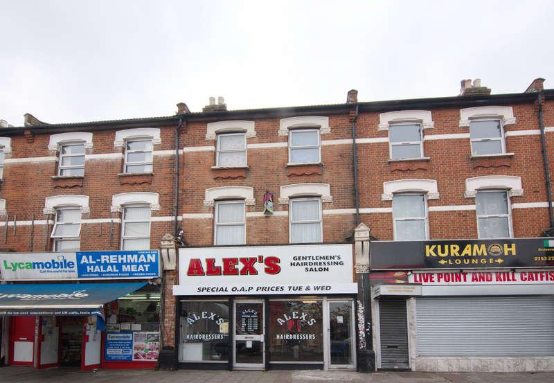 Maisonette Flat for sale in Barking Road, East Ham, E6