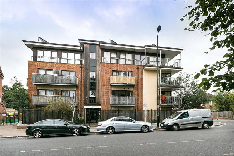 3 Bedrooms Flat for sale in Beulah Hill, London, SE19