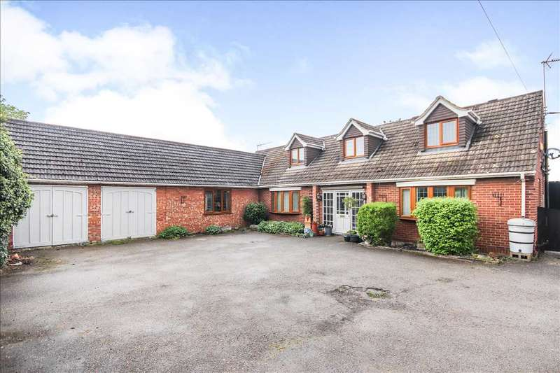 5 Bedrooms Detached House for sale in Lincoln Road, Saxilby, Lincoln