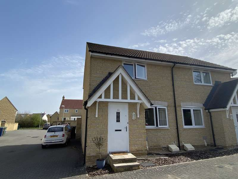 2 Bedrooms Semi Detached House for sale in Tiger Moth Close, Gloucester, GL3