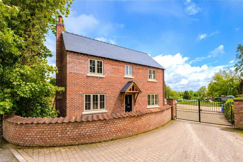 4 Bedrooms Detached House for sale in Laundon Road, Threekingham, Sleaford, NG34