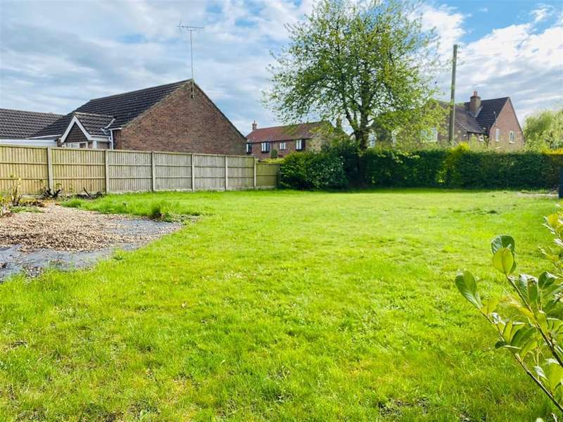 2 Bedrooms Plot Commercial for sale in Morton Road, Laughton, Gainsborough, DN21 3PS