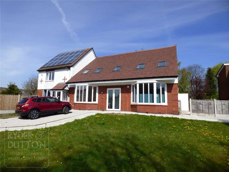 4 Bedrooms Semi Detached House for rent in Thornham New Road, Castleton, Rochdale, OL11