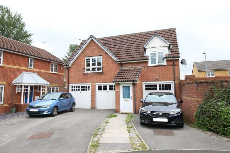 2 Bedrooms Property for sale in Everside Close, Worsley, M28
