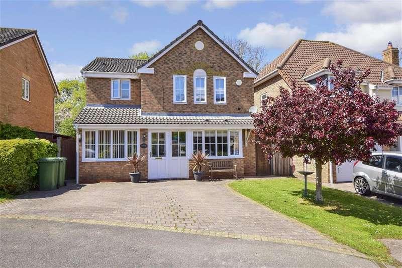 4 Bedrooms Detached House for sale in Denehurst Gardens, , Langdon Hills, Basildon, Essex