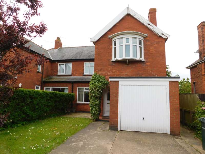 3 Bedrooms Semi Detached House for sale in Admiralty Road, Mablethorpe,