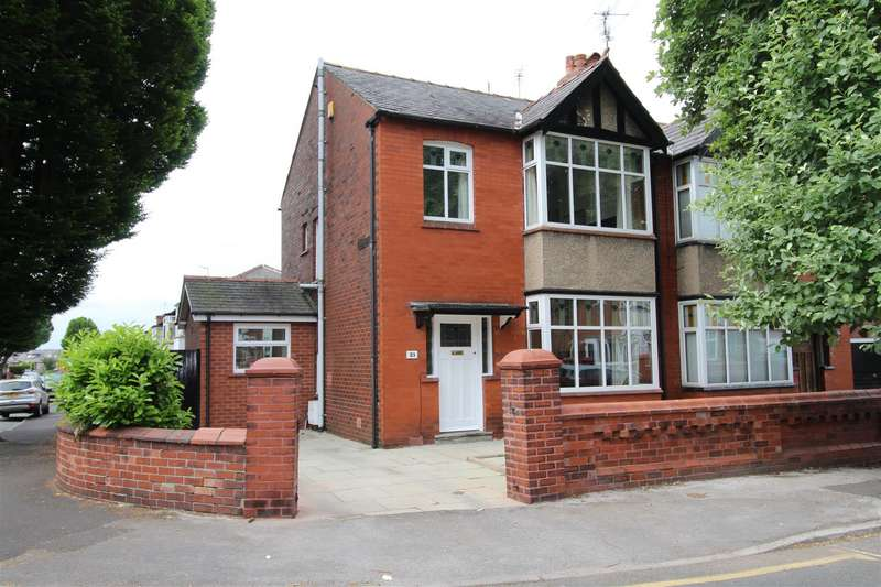 3 Bedrooms Semi Detached House for sale in Green Hayes Avenue, Swinley, Wigan, WN1 2EP