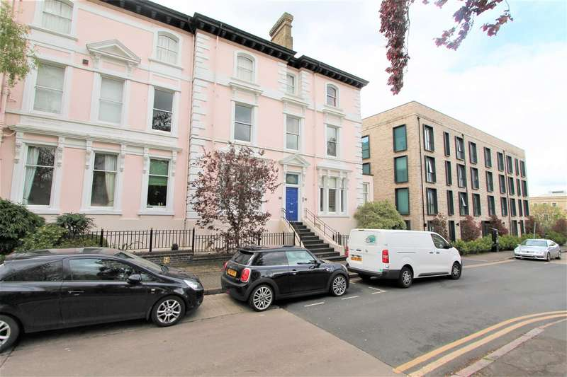 2 Bedrooms Flat for sale in Princess Road East, New Walk, Leicester LE1