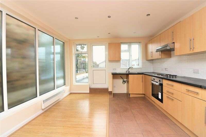 3 Bedrooms Property for rent in Kingsland Road, London, E8