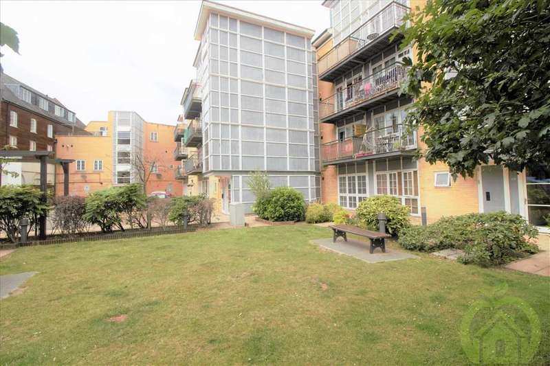 2 Bedrooms Apartment Flat for sale in Malt House Place, Romford