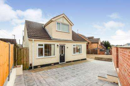 2 Bedrooms Bungalow for sale in Sextant Road, Leicester