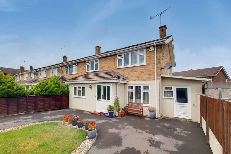 3 Bedrooms End Of Terrace House for sale in Stompits Road, Maidenhead, SL6