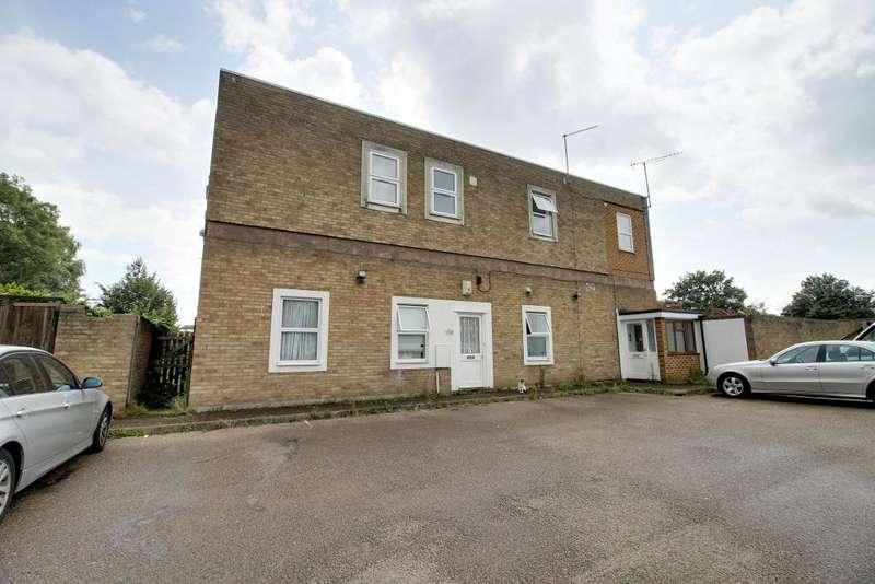 1 Bedroom Flat for sale in The Renown, Shoeburyness, Essex, SS3 9UU