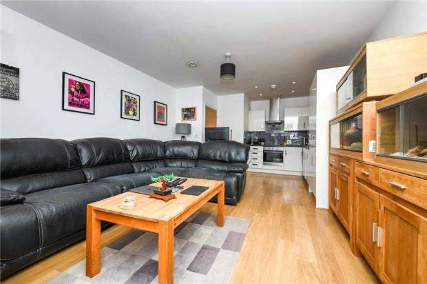 1 Bedroom Apartment Flat for sale in Mary Munnion Quarter, Chelmsford, Essex
