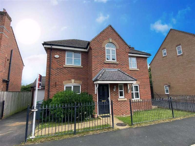 4 Bedrooms Detached House for sale in Lawnhurst Avenue, Manchester