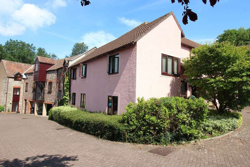 2 Bedrooms Flat for sale in Park Road, Thornbury, BS35 1FW