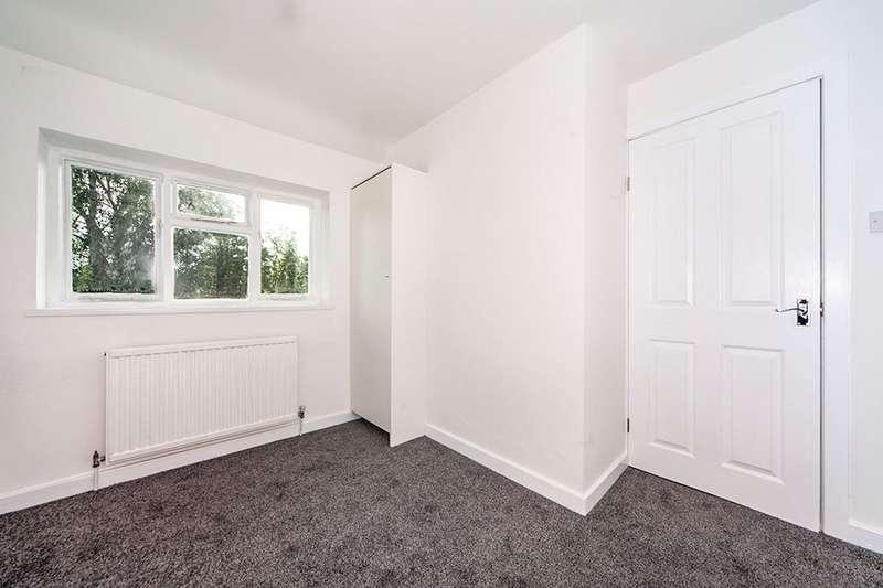 3 Bedrooms House for rent in Queensway, Bamber Bridge, Preston, PR5
