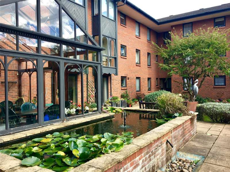2 Bedrooms Flat for sale in The Maltings, Station Street, Tewkesbury, GL20