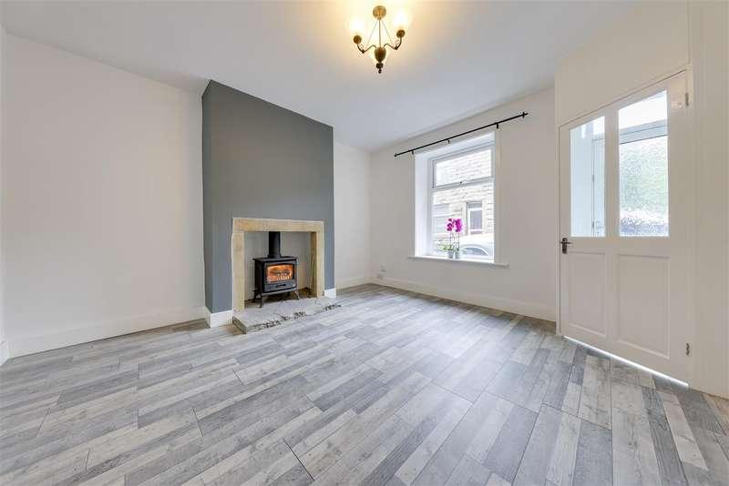 3 Bedrooms End Of Terrace House for rent in Bridge Street, Cowpe, Rossendale