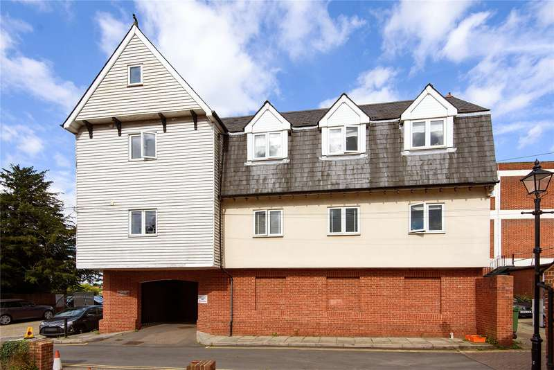 1 Bedroom Flat for sale in Doubleday House, Buttercross Lane, Epping, Essex, CM16