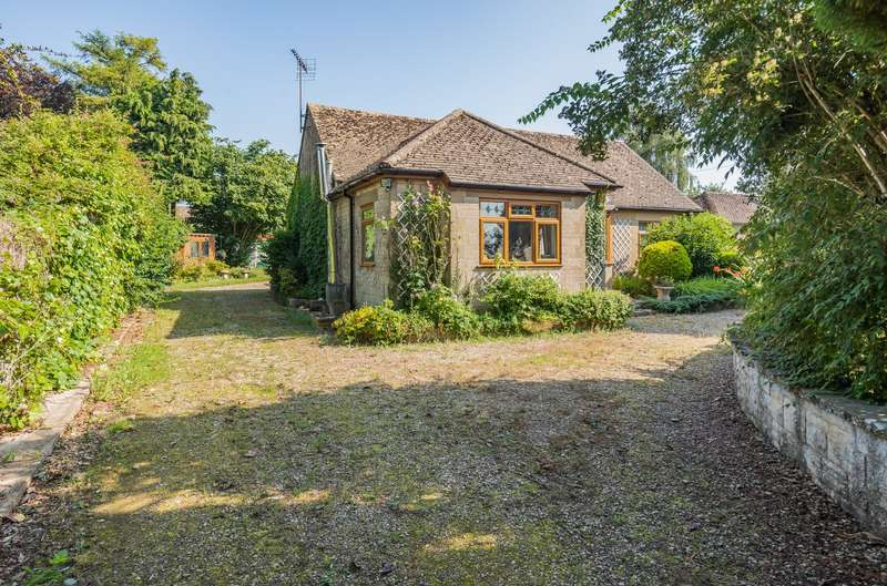 3 Bedrooms Detached Bungalow for sale in Old Common, Minchinhampton, Stroud, GL6
