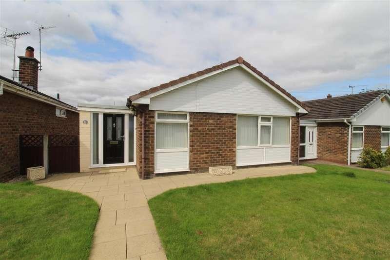 2 Bedrooms Detached Bungalow for sale in Dalston Grove, Winstanley, Wigan, WN3 6EN