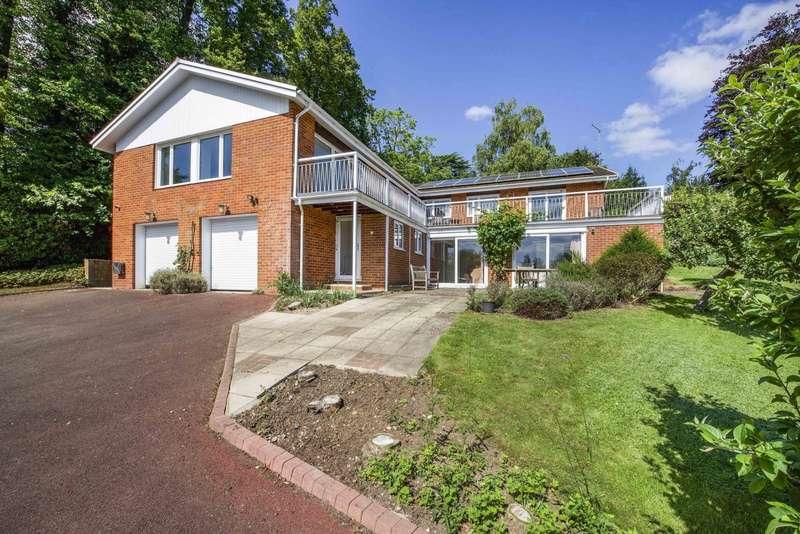 4 Bedrooms Detached House for sale in The Warren, Caversham, Reading