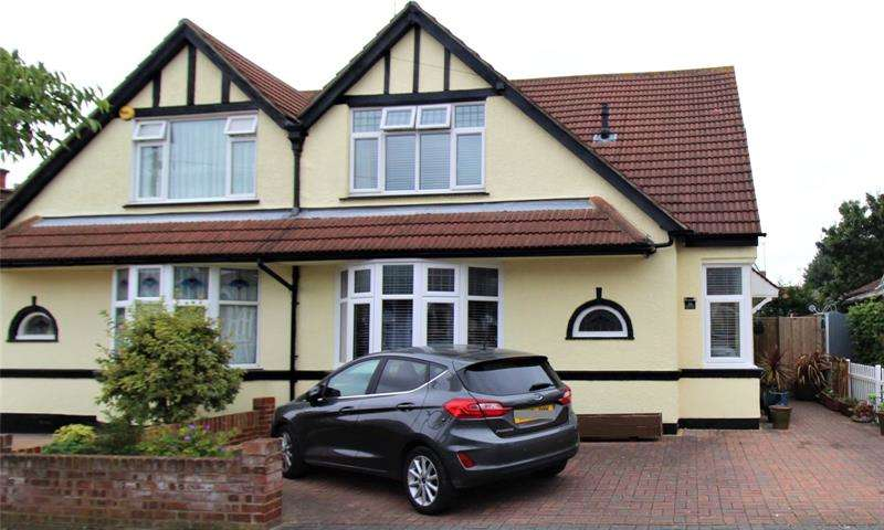 3 Bedrooms Semi Detached House for sale in Madeira Avenue, Leigh-on-Sea, Essex, SS9
