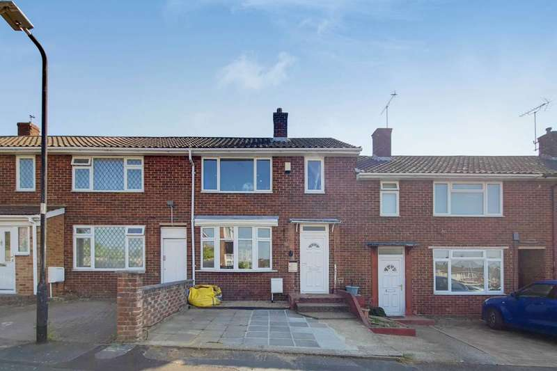 4 Bedrooms Terraced House for sale in Fosters Path, Berkshire, SL2