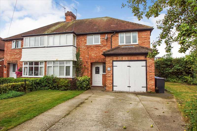 4 Bedrooms Semi Detached House for sale in Chiltern Road, Burnham