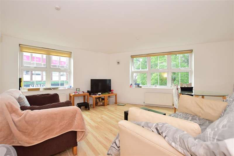 2 Bedrooms Flat for sale in Western Road, , Brentwood, Essex