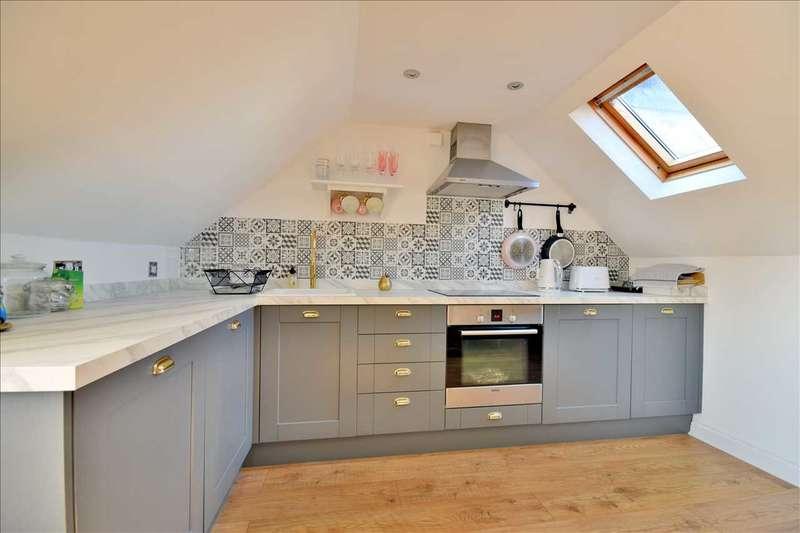 1 Bedroom Flat for sale in Moulsham Street, Chelmsford