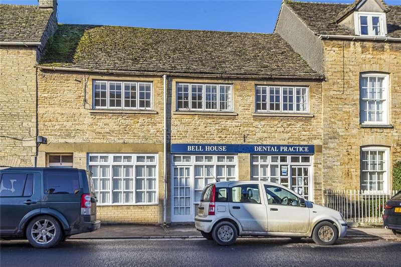 3 Bedrooms House for rent in New Church Street, Tetbury, GL8