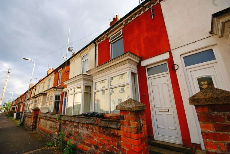 3 Bedrooms Property for rent in Winn Street, Lincoln LN2