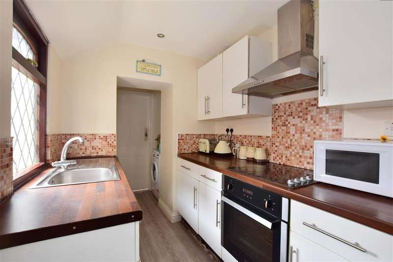 2 Bedrooms Terraced House for sale in Ongar Road, , Brentwood, Essex