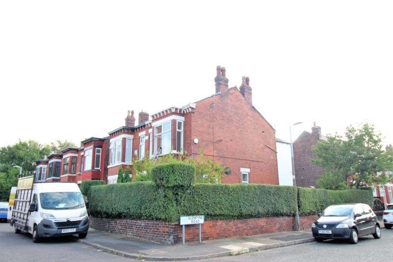 3 Bedrooms Property for rent in Penelope Road, Salford