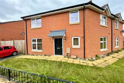 3 Bedrooms House for rent in Redwing Avenue, Chorlton