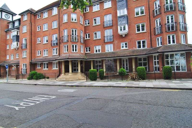 2 Bedrooms Property for sale in Castlemeads Court, Westgate Street, Gloucester