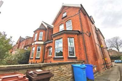 2 Bedrooms Flat for rent in Ventry Court, Barlow Moor Road, Chorlton, M21