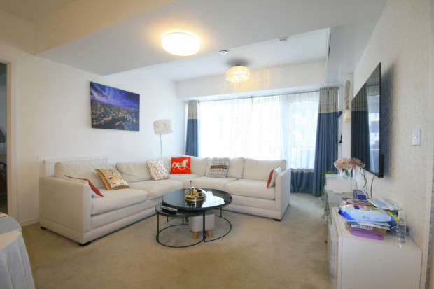 2 Bedrooms Apartment Flat for sale in Valentines House, 51-69 Ilford Hill, Ilford, IG1