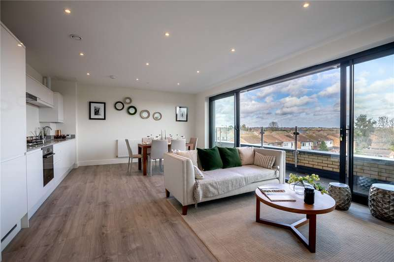 Apartment Flat for sale in Hurricane Court, Heron Drive, Langley, SL3